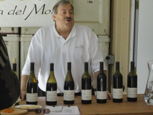 Neil Perrelli chats with winery guests