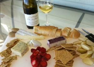 Villa del Monte wine and cheese